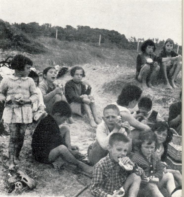 Recherches sur l'organisation d'un camp de vacances pour jeunes diabétiques, 1953-1954 (Bibl. univ. Angers, 1 CIDEF 01).